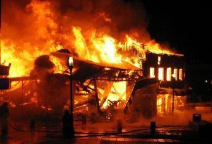 Mơ thấy nhà cháy là điềm báo gì?