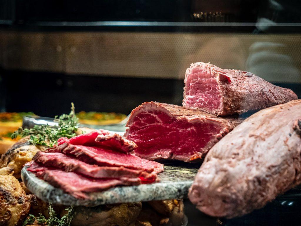 Mơ thấy ân thịt bò