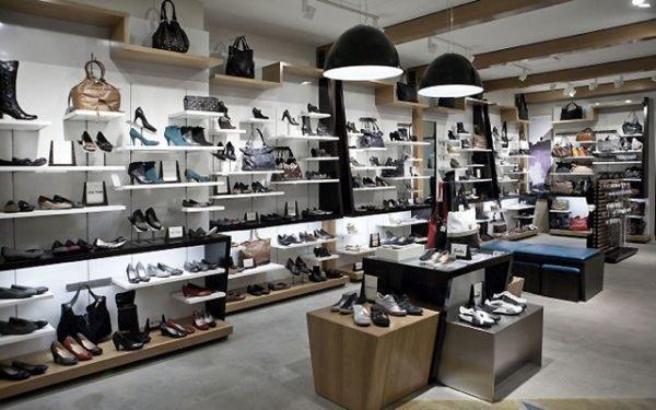 Mơ thấy mua giày dép