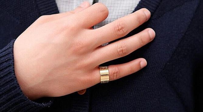 Mơ thấy chồng đeo nhẫn vàng có ý nghĩa gì?