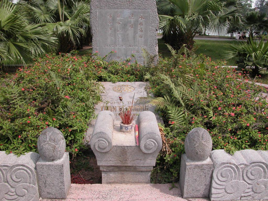 Mơ thấy ngôi mộ là điềm báo thú vị gì trong tương lai sắp tới đây?